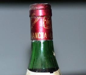 cuello de botella vieja de la mancha