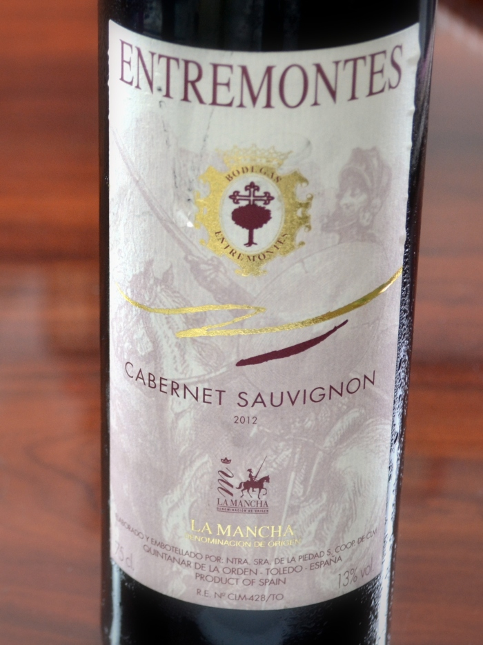 botella de Entremontes Cabernet Sauvignon joven