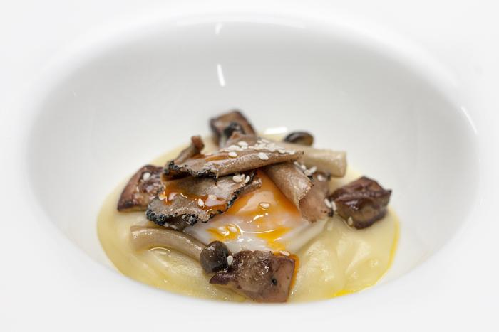 huevos-trufados-restaurante-granero-700