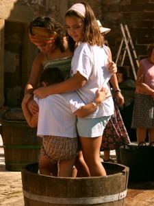 Las mujeres han participado desde tiempos inmemoriales en el mundo del vino.