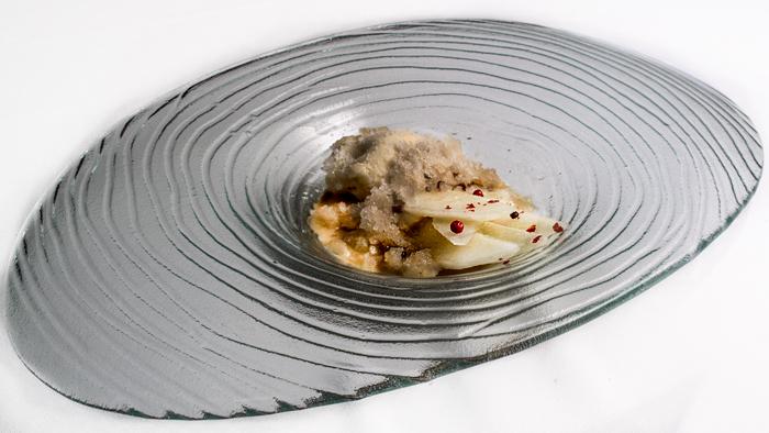 Pera-en-texturas-del-Restaurante-Maralba-700
