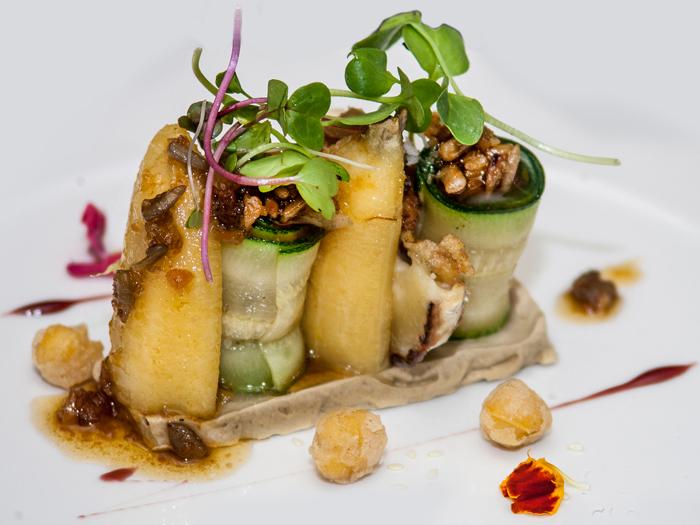 lingote-de-foie-plátano-calabacín-con-ahumados-y-frutos-secos