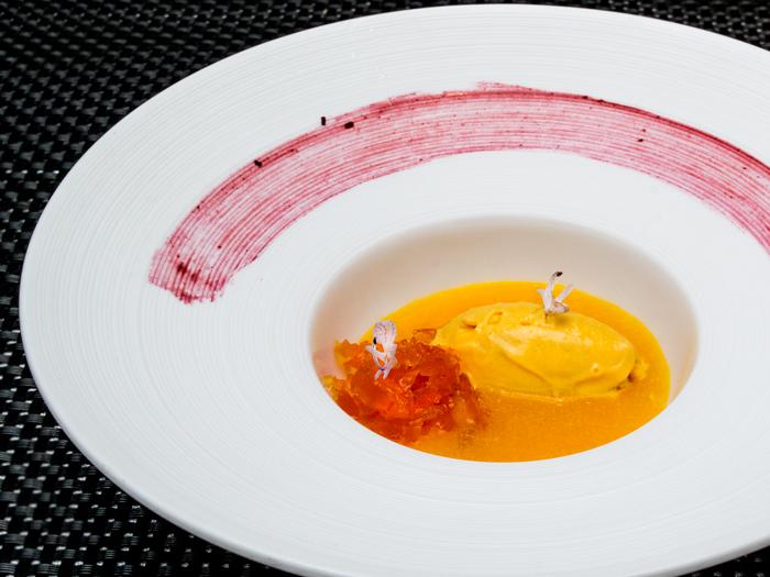 sopa-de-cítricos-y-helado-de-calabaza-las-rejas-700