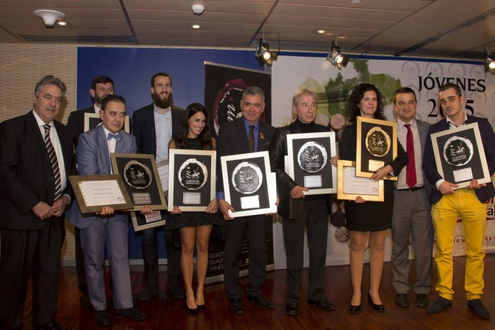 Premios Jóvenes Solidarios 2015 - Vinos de La Mancha