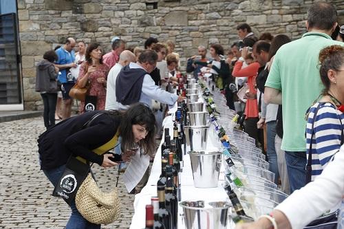 Una acción semejante con más de un centenar de vinos DO La Mancha resultó todo un éxito en Gijón este verano