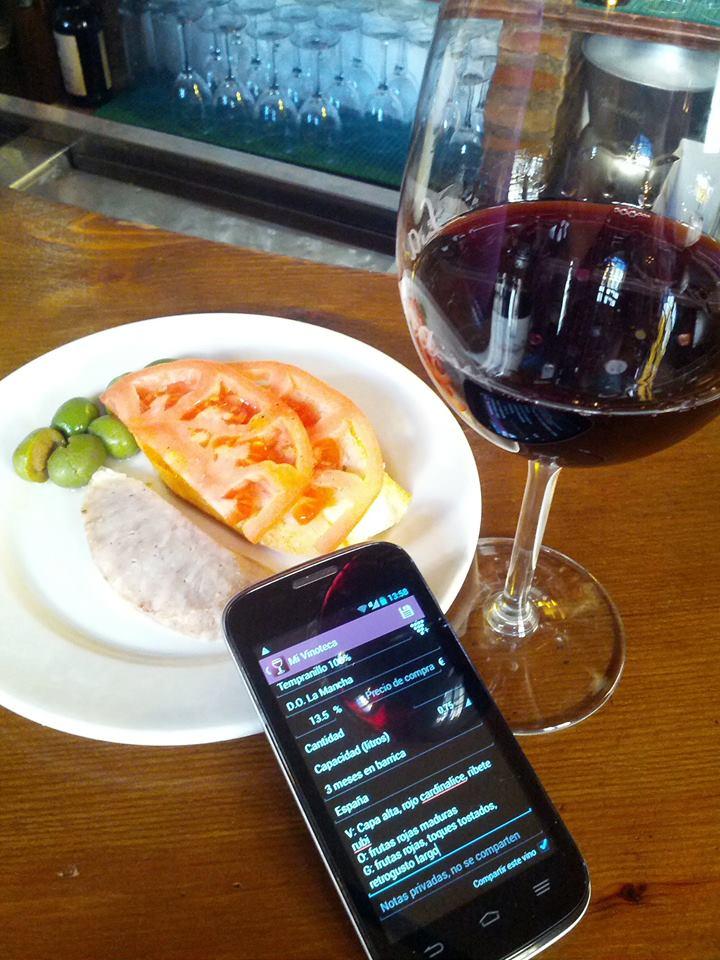 foto de un vino en barra