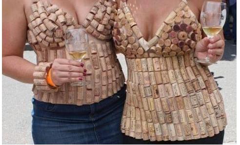 Corcho y vestido