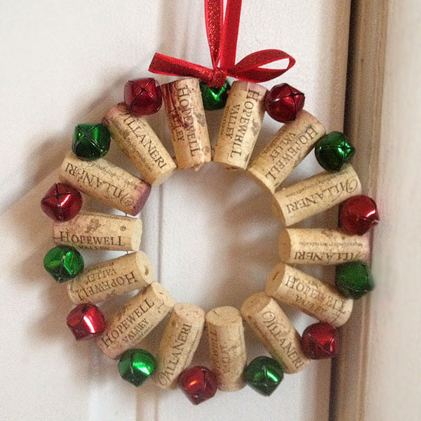 10 DIY wine cork Christmas decoration ideas - La Mancha Wines