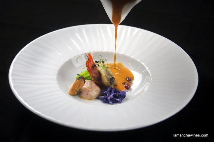 receta de sopa de marisco - vinos jóvenes de La Mancha