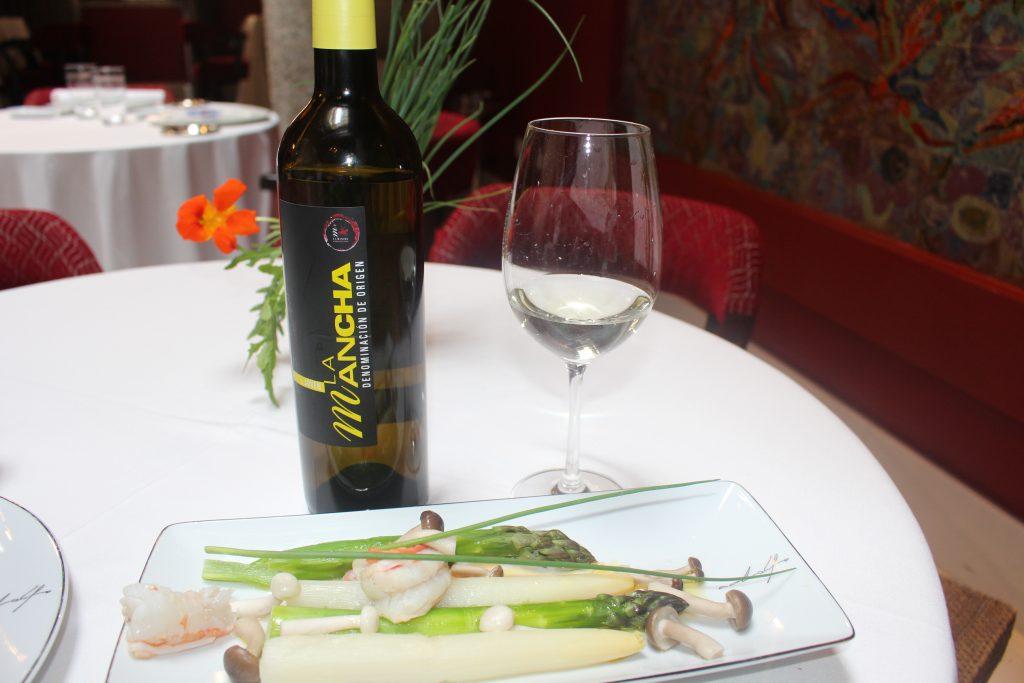 Vino blanco y verdura