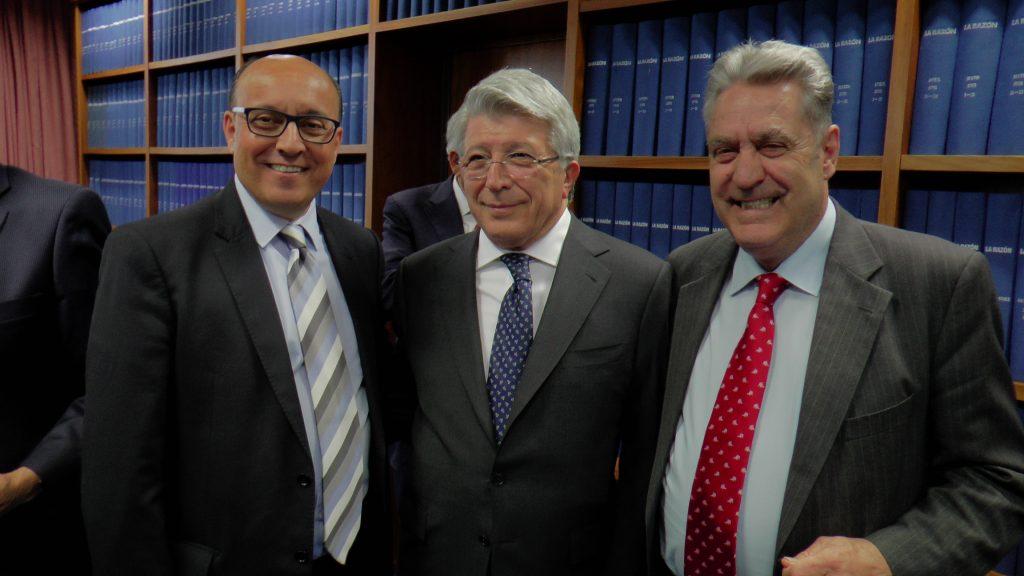 Con Cerezo, pte del atlético de Madrid