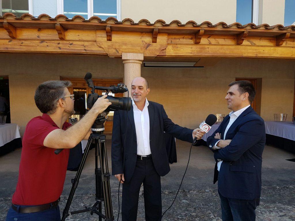 Carlos de La Morena y Jorge Jaramillo, dos periodistas muy conocidos en Castilla La Mancha en el pasado curso de la DO La Mancha