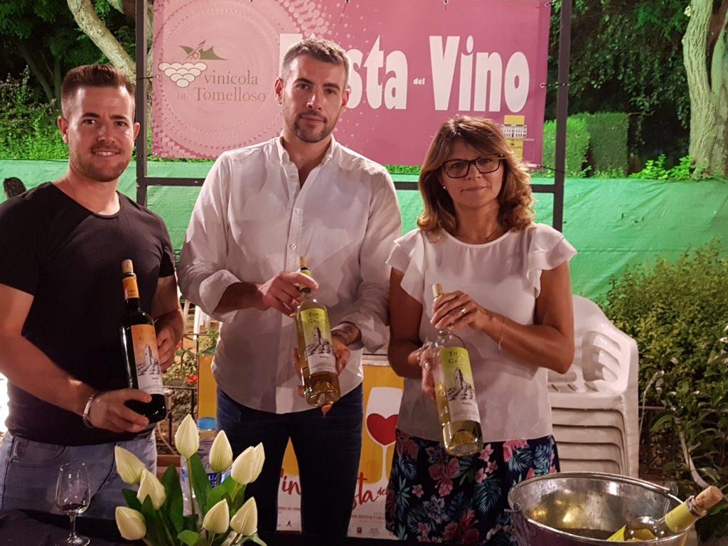vinicola-de-tomelloso-trajo-a-degustacion-sus-torre-de-gazate
