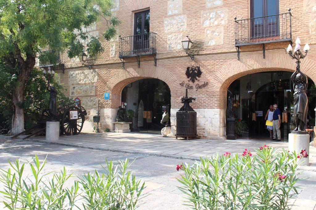Imágenes de la casa grande en Torrejón