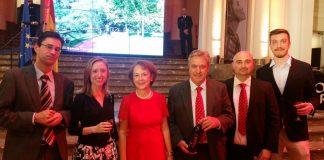 presidente-y-gerente-del-consejo-regulador-con-la-embajadora-en-belgica-cecilia-yuste-y-la-dra-gral-de-asuntos-europeos-de-clm-virginia-marco