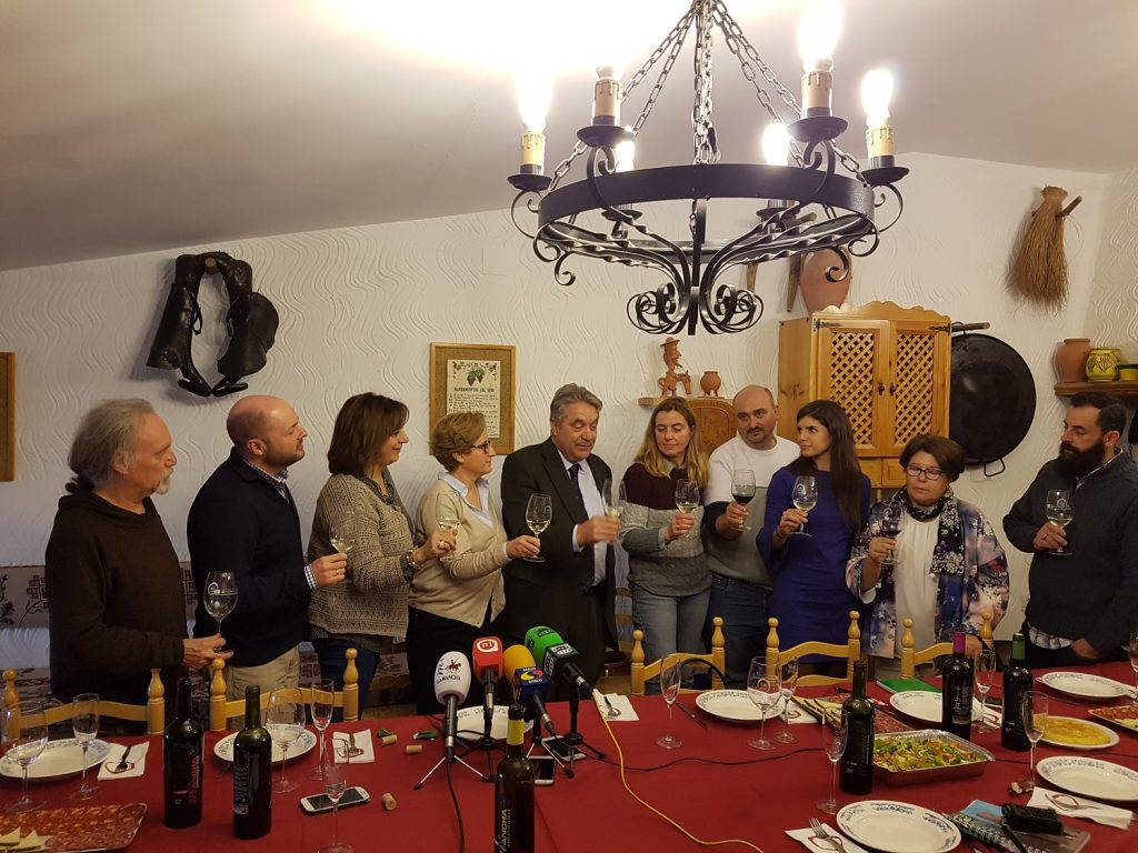 Martín Zarco interviene con la prensa