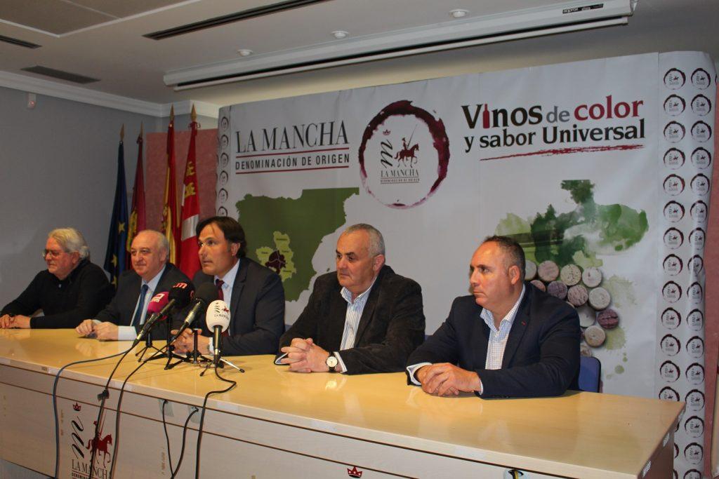 Carlos David Bonilla atiende a los medios de comunicación como nuevo Presidente del Consejo Regulador
