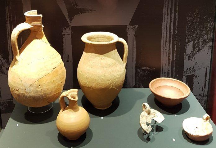 Vajilla romana para el consumo de vino