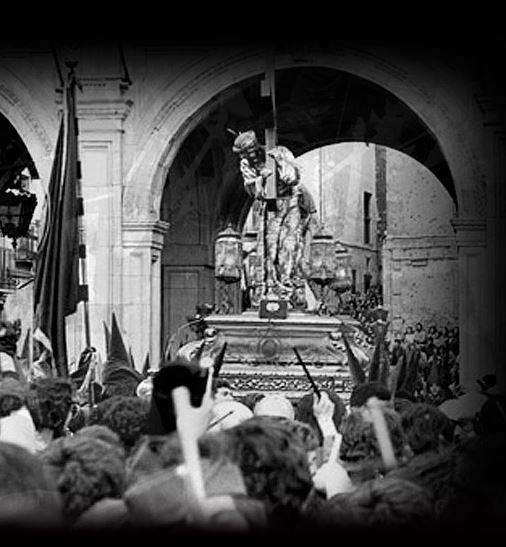 Imagen de la procesión de las Turbas en la Semana Santa de Cuenca