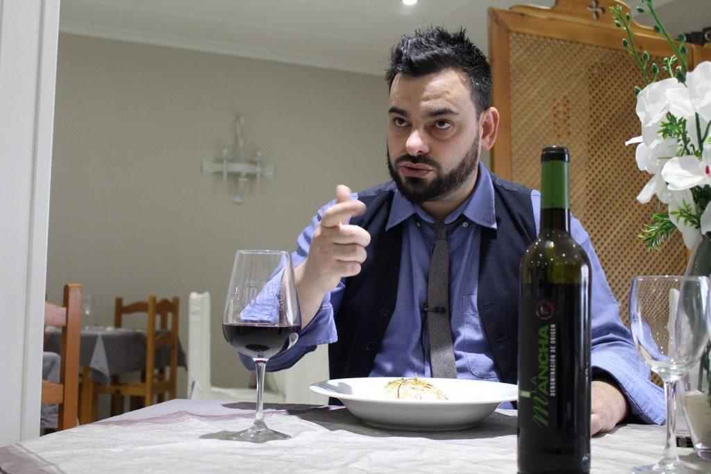 Víctor Martín explica el maridaje del bacalao