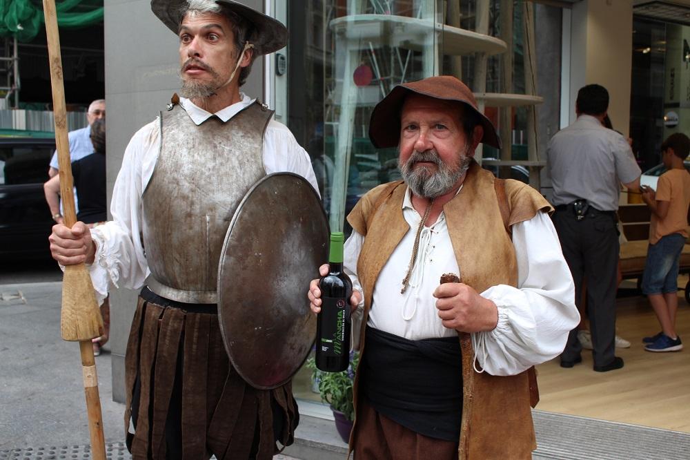 Quijote y Sancho como iconos universales en la Gran Vía