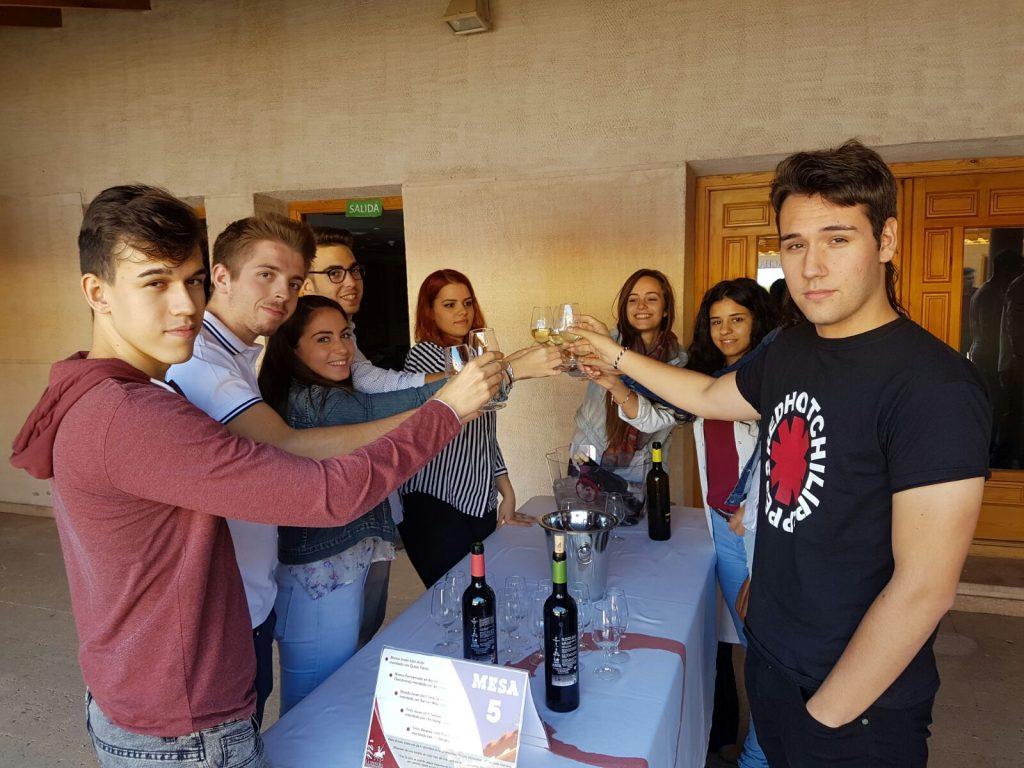Cata comentada con alumnos de la UCLM