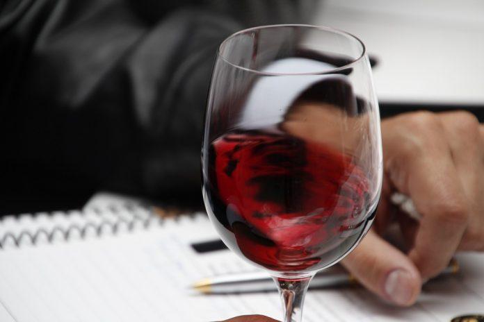 Curso de cata para iniciarse al Maestro del vino