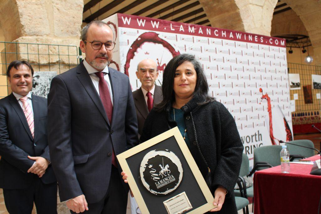 Rosa Idalia, Pta de la Ruta del vino de La Mancha, Premio Iniciativa de Turismo