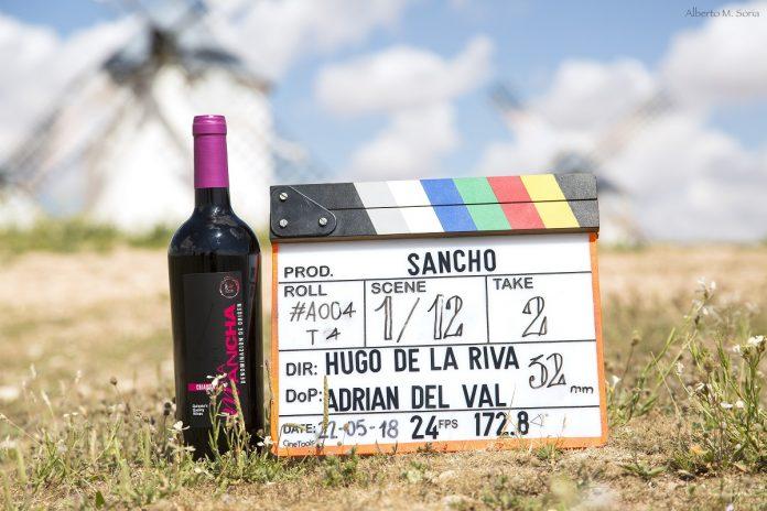 laqueta de rodaje y vino DO La Mancha. Foto, Alberto Martínez