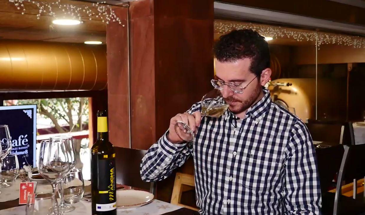 cómo catar un vino Macabeo - fase olfativa
