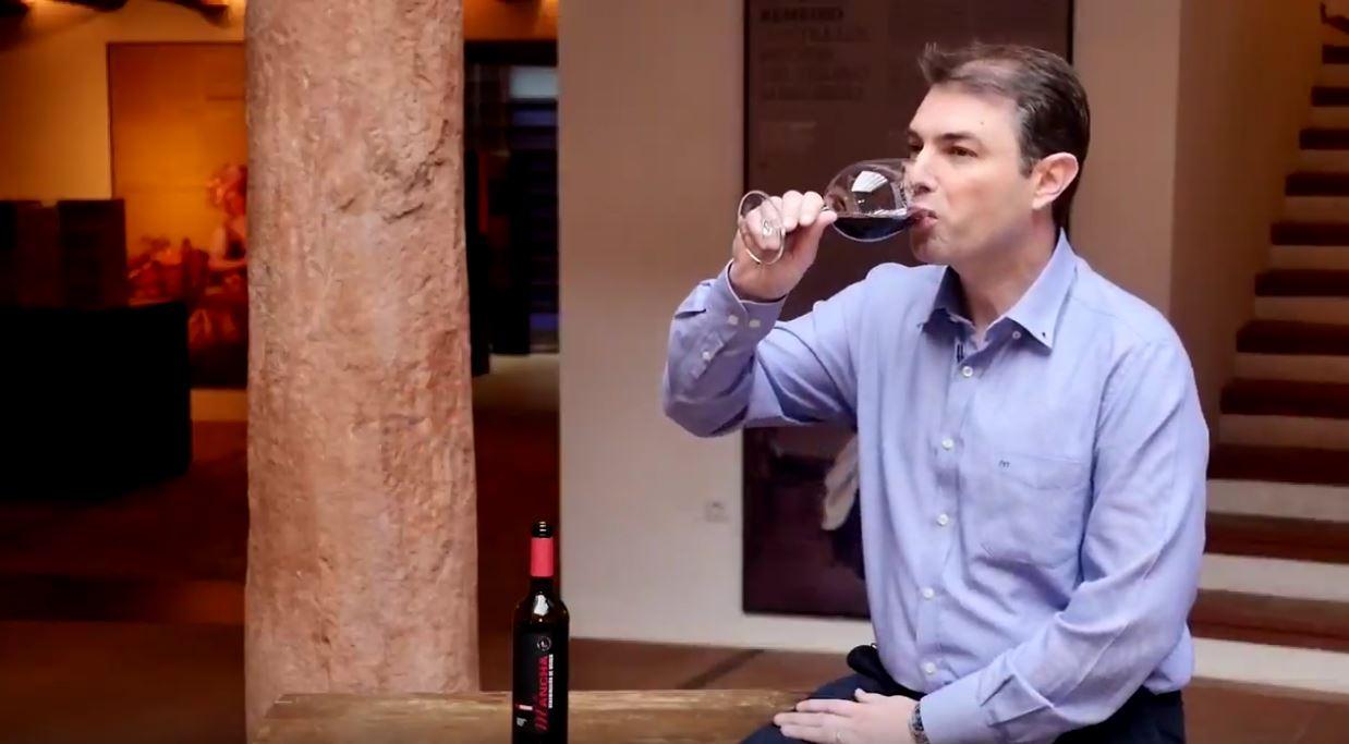 cómo catar un vino reserva coupage de La Mancha - Fase gustativa