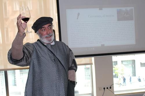 José Luis Matienzo, de Escarramán teatro, Guadalajara, puso voz y alma a los textos de Cervantes