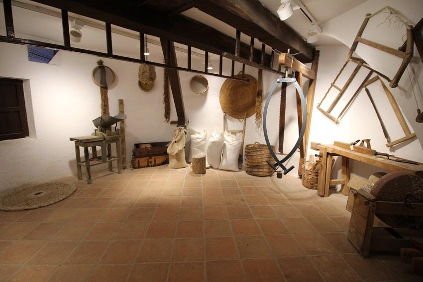 Interior del molino de viento en Mota del Cuervo