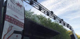 El escenario Vinos de La Mancha en el Festival de los Sentidos (La Roda, Albacete)