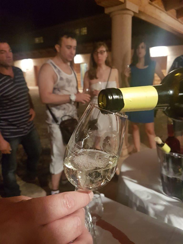 Un blanco airén DO La Mancha sirvió para aplacar la tórrida jornada de verano