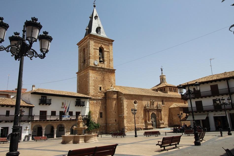 Iglesia de San Bartolomé en Tarazona de La Mancha