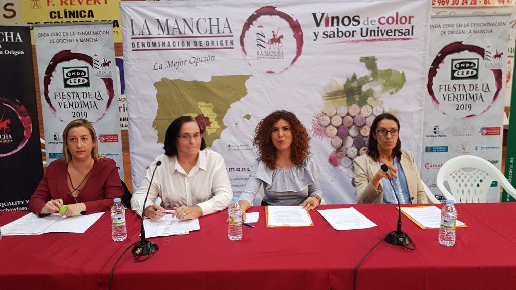 Mesa redonda celebrada sobre la viticultura en femenino