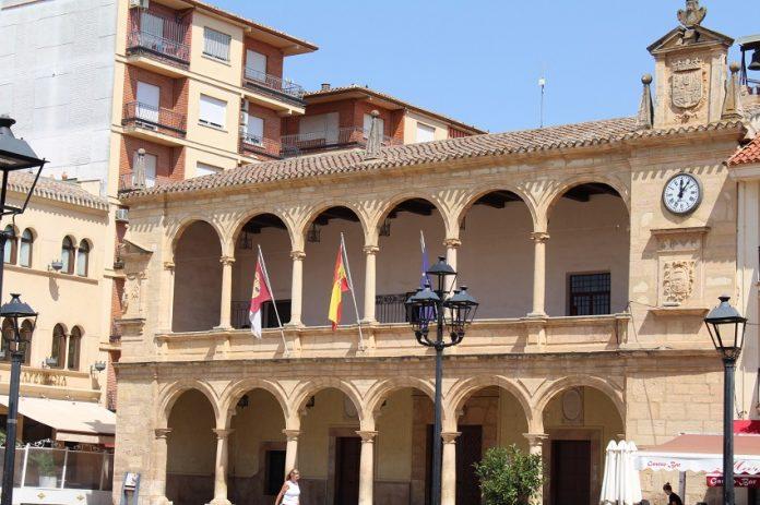 fachada del ayuntamiento de Villarrobledo