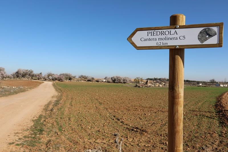 Señal de indicación a Piédrola