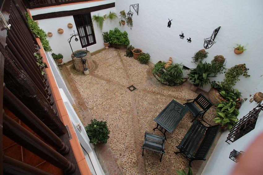 Patio exterior de la Casa de la Torre de El Toboso