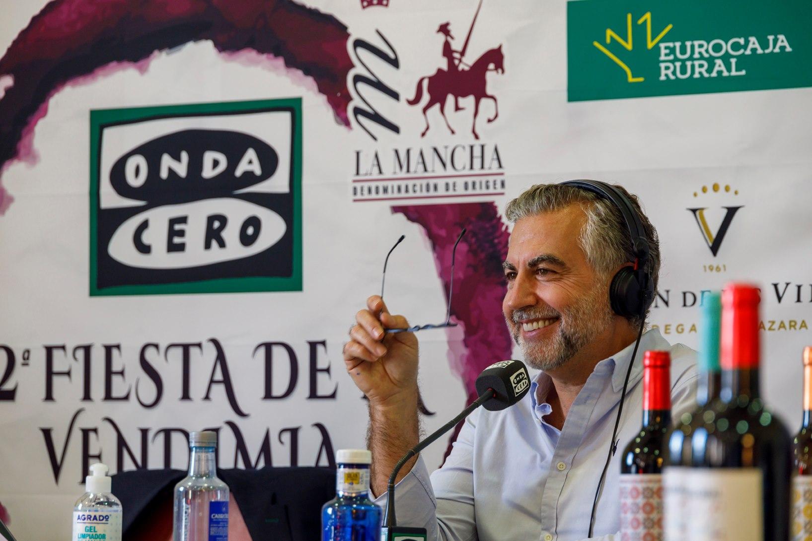 Carlos Alsina participa en la II Fiesta de la Vendimia en La Mancha