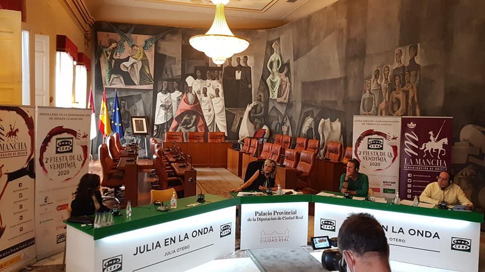 Julia Otero viaja hasta Ciudad Real para participar en la Fiesta de la Vendimia 2020