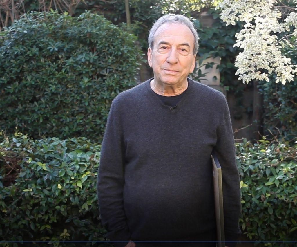 José Luis Perales enviando un saludo virtual