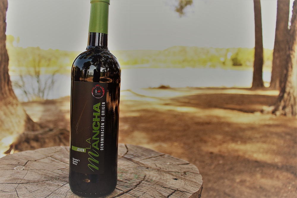 Disfrutar un vino al aire libre es un placer más valorado hoy que nunca