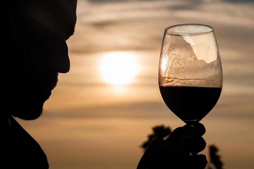 Disfrutar un vino puede ser una magnífica manera de saludar al Año Nuevo Chino 2021