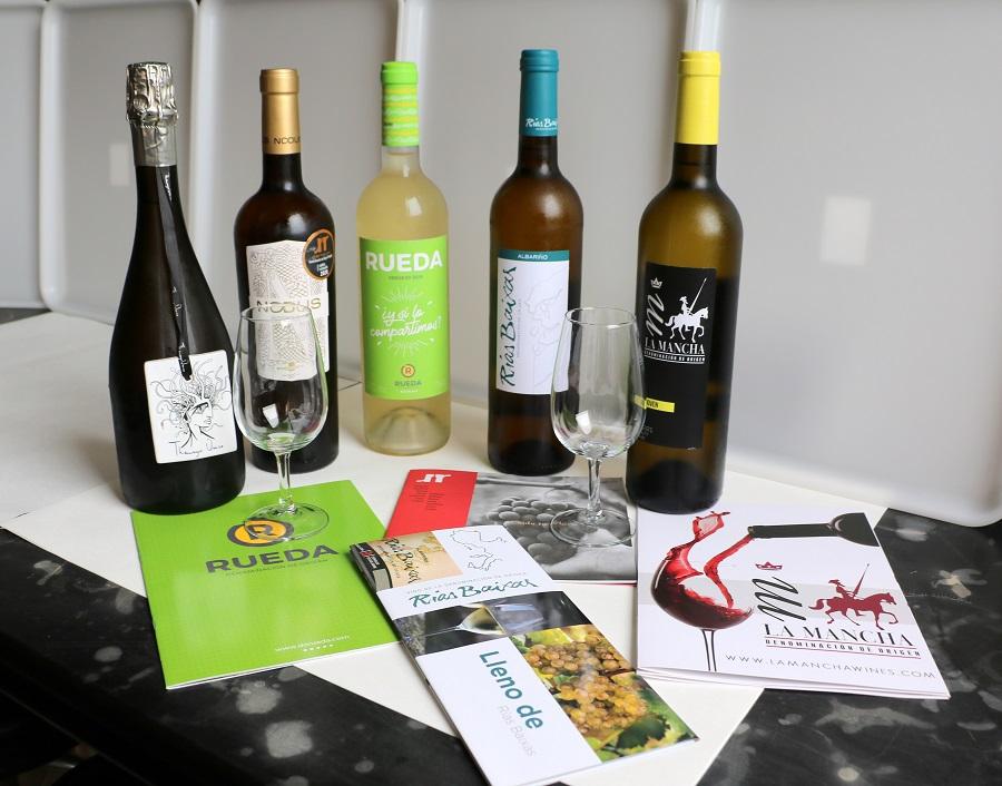 Cata de vinos en la Universidad de León, con un Airén de la D.O. La Mancha
